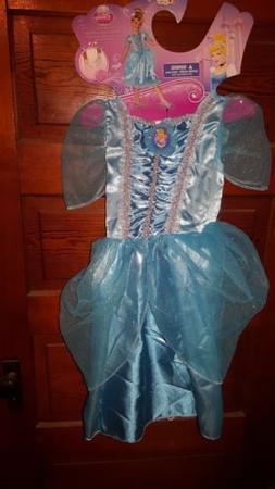 NEW w TAGS costume Authentic Disney Cinderella Dress Sz 4-6